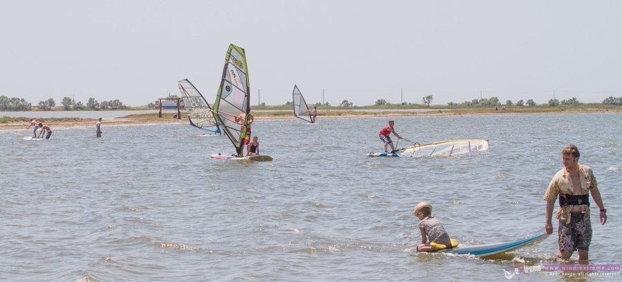 Обучение виндсерфингу в центре экстремальных видов спорта Wind-Extreme Крым (Оленевка и Межводное)