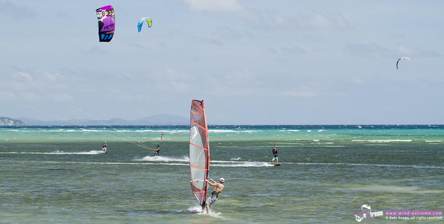philippines-boracay-windsurf.jpg